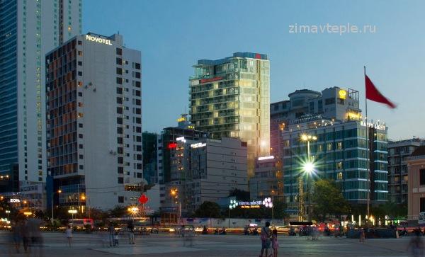 Внешний вид здания Maple Apartments