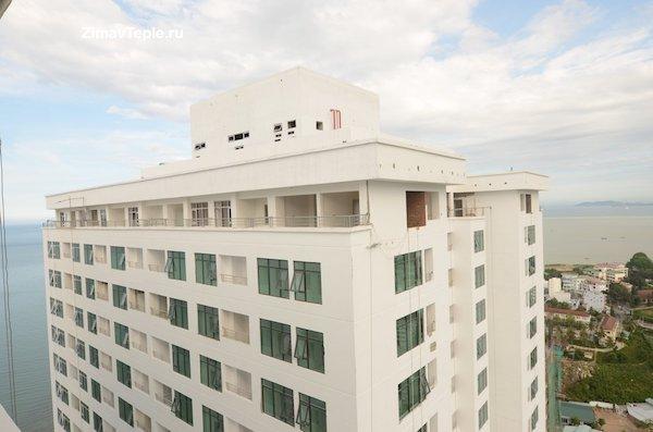 28 Пентхаус с балконом в В1 Океаник