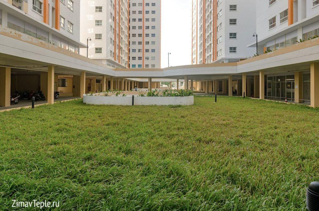 Комплекс HQC Нячанг Вьетнам фото внутреннего двора